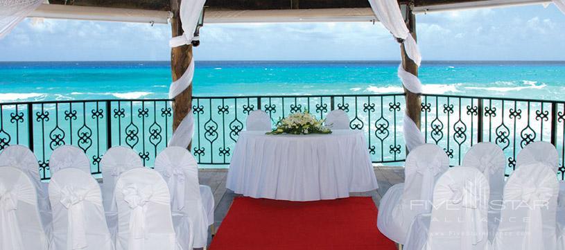 Dining at Hyatt Zilara Cancun