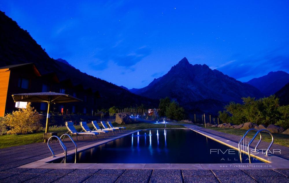 Outdoor Pool at Puma Lodge, Rancagua, Chile