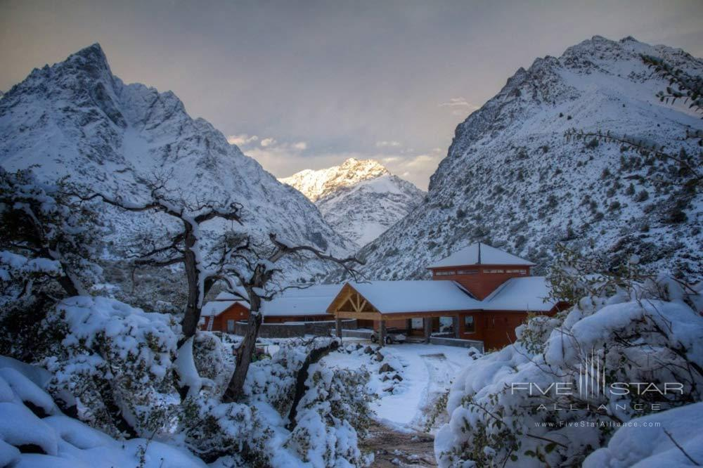 Puma Lodge is located between the Rio Los Cipreses National Reserve in the Region of Libertador Bernardo OHigginsand the Argentinean border.