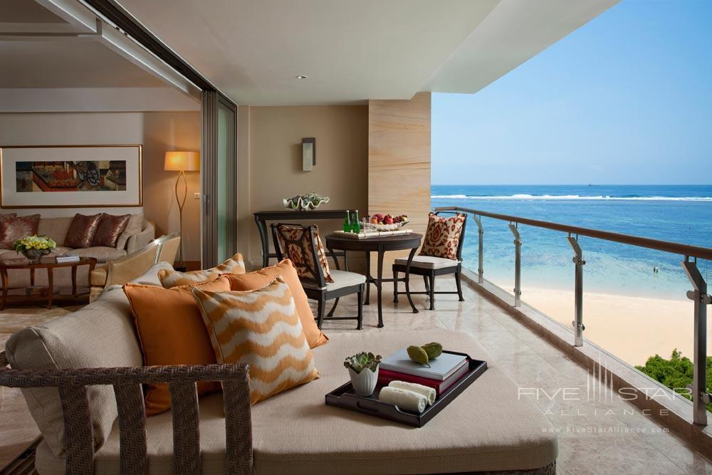 Earl Suite Patio at Mulia Bali