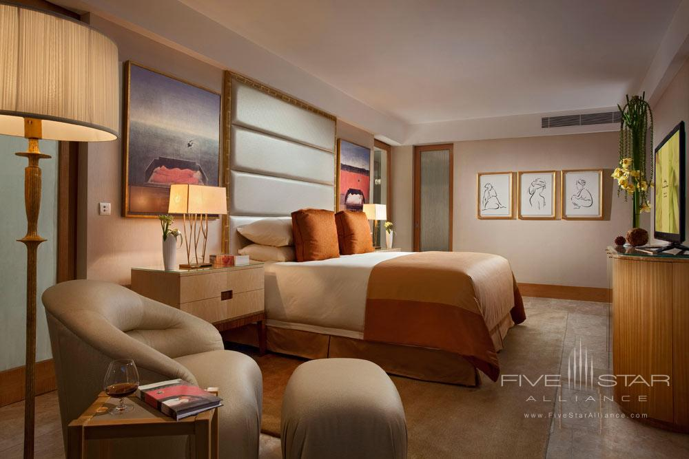 Earl Suite Bedroom at Mulia Bali