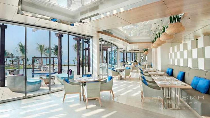 Palm Avenue poolside restaurant atWaldorf Astoria Dubai Palm Jumeirah