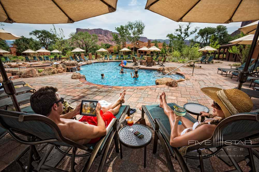 Family at the Pool at Gateway Canyons Resort and Spa