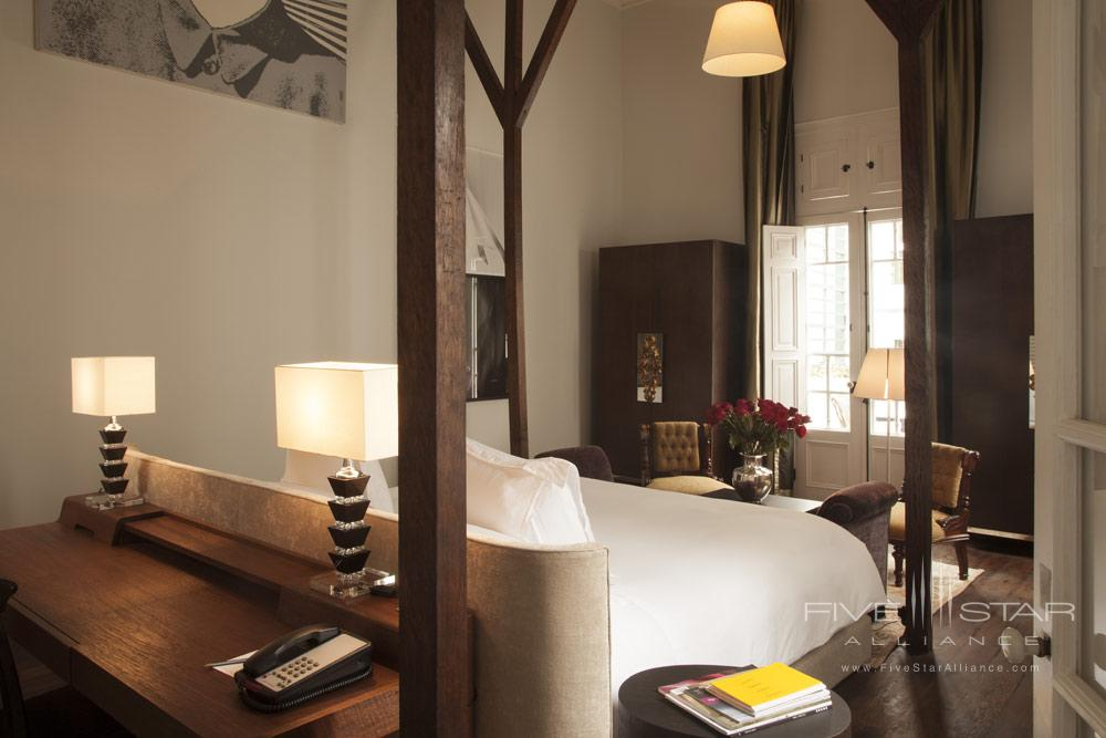 Guestroom at Hotel B Lima