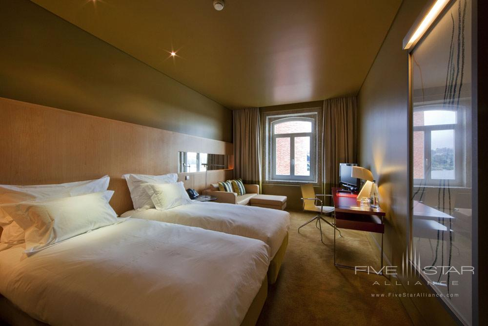 Classic Room at Pousada Do Porto Freixo Palace Hotel
