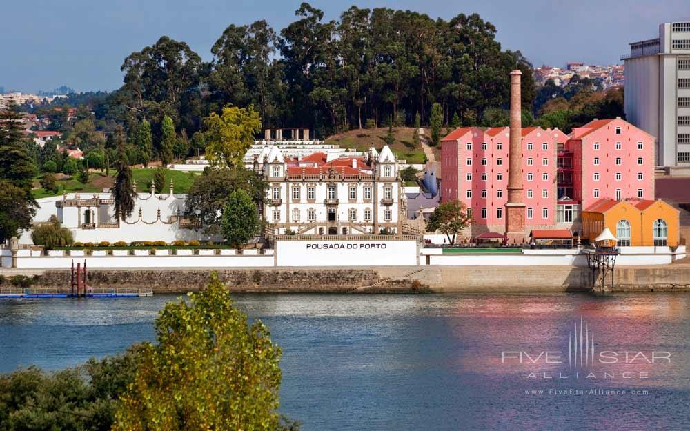 Exterior of The Pousada Do Porto Freixo Palace Hotel