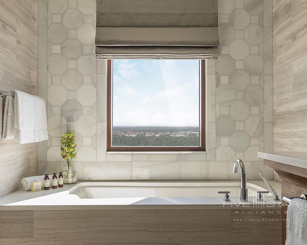 Golden Oak View Suite at Four Seasons Orlando