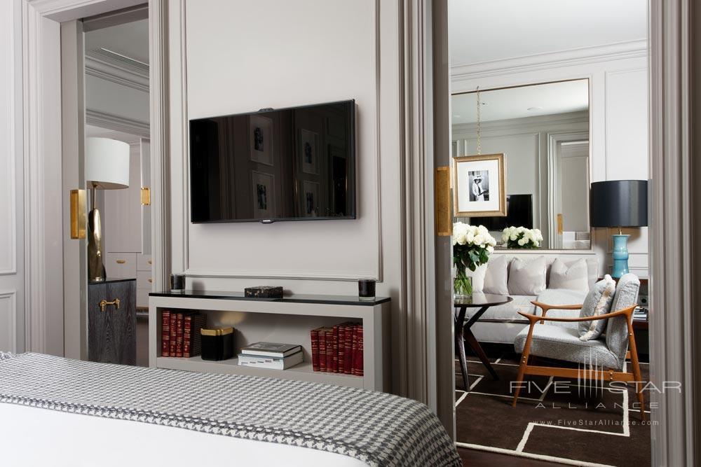 Guest Suite at Portrait Firenze