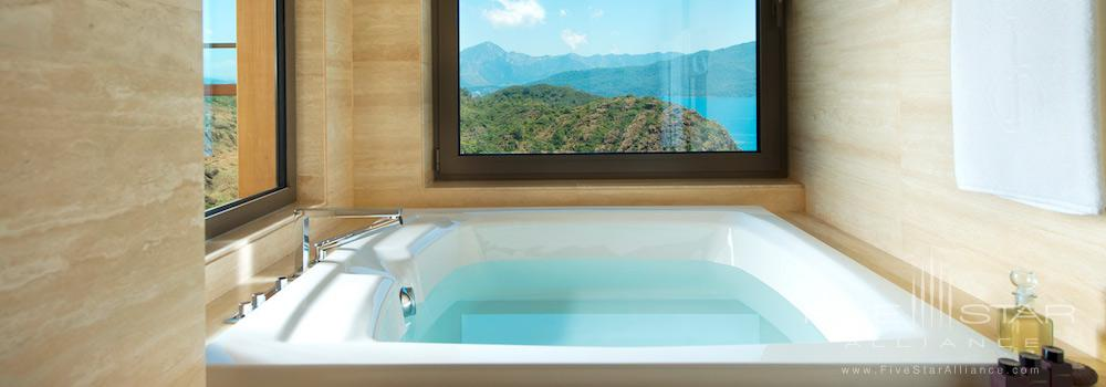 Bathtub in a Deluxe Room at the D-Hotel Maris