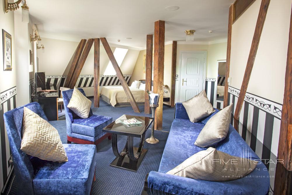 The Mucha Suite at Hotel Paris Prague