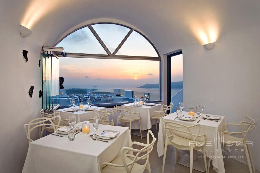 Pegasus Suites And Spa Dining RoomSantorini
