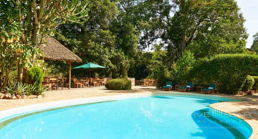 Outdoor Pool at Fairmont Mara Safari Club