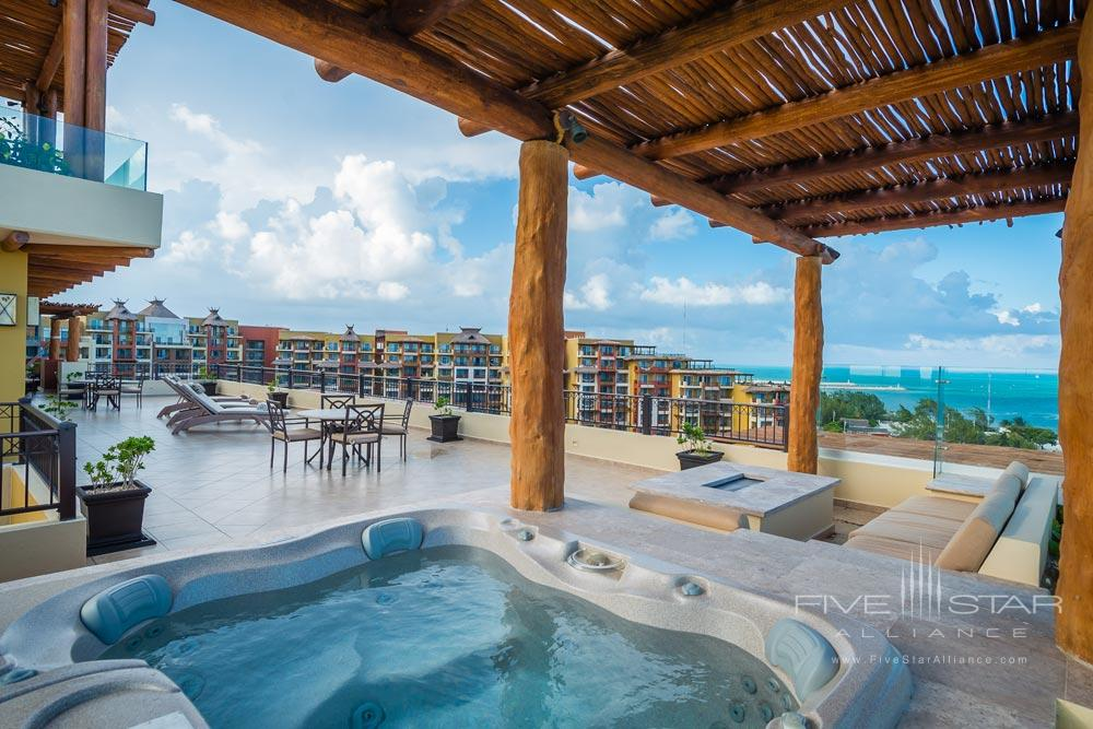 Terrace Jacuzzi at the 3 bedroom Penthouse TerraceVilla del Palmar Cancun, Mexico