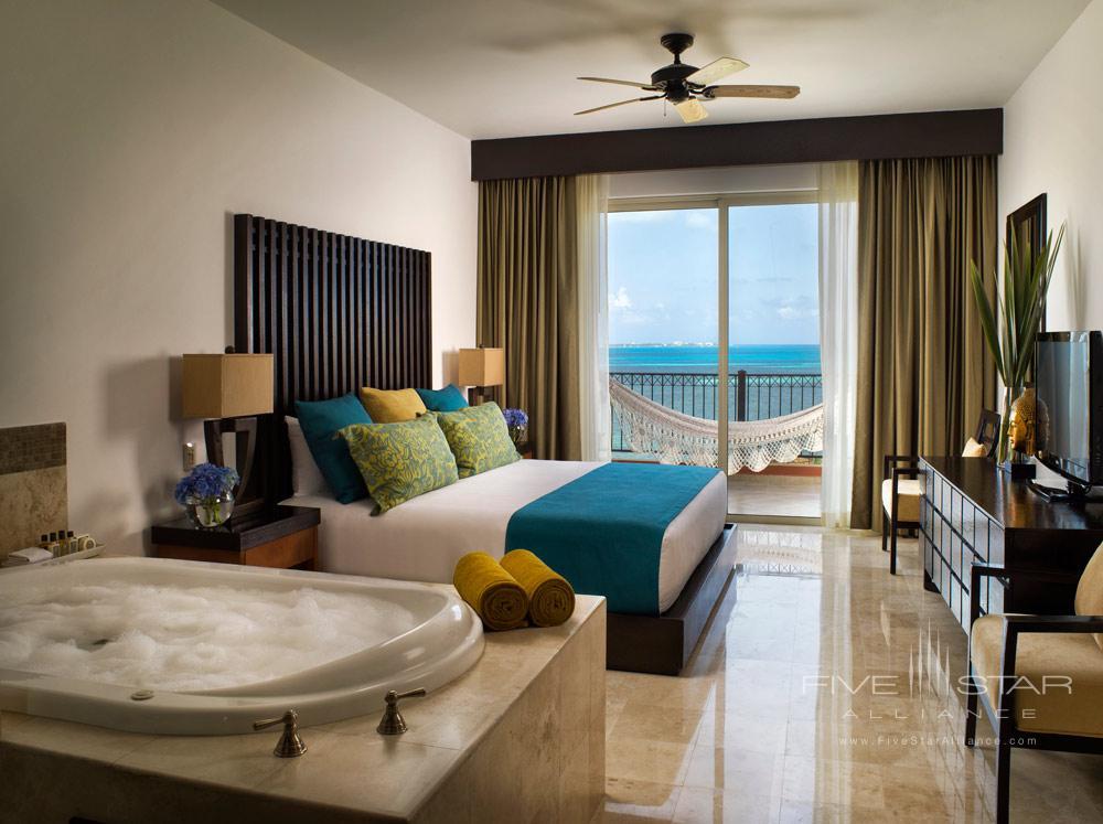 Three Bedroom Residential Loft, Villa del Palmar Cancun, Mexico