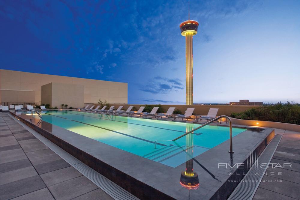 Rooftop Pool at Grand Hyatt San Antonio