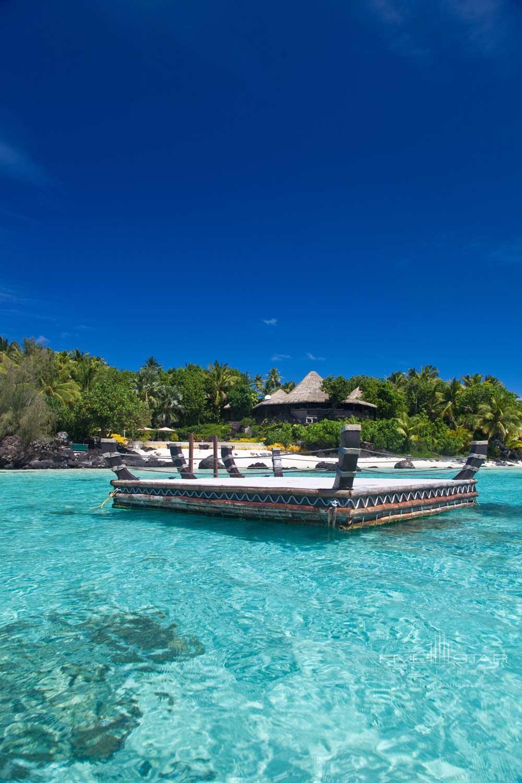 Pontoon at Pacific Resort Aitutaki