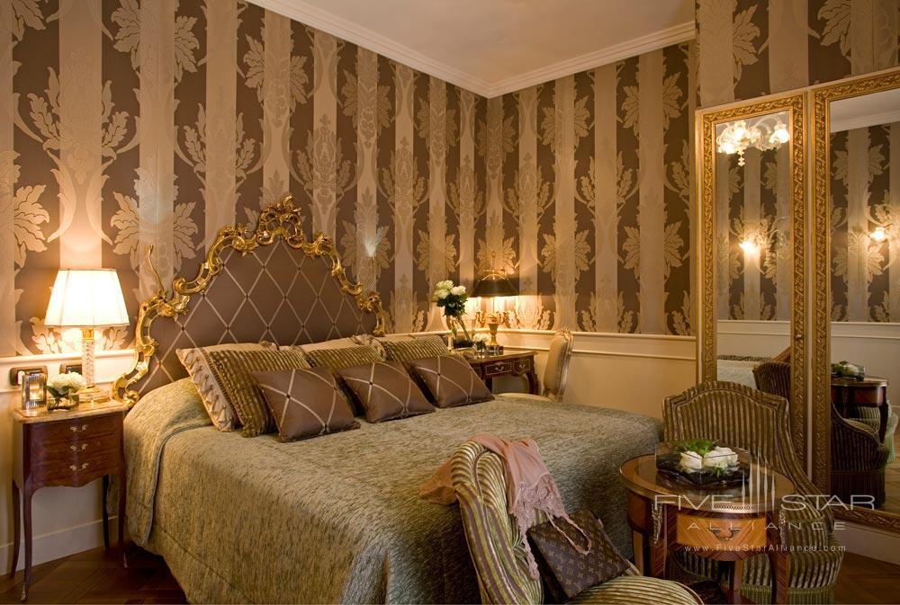 Deluxe Room at Grand Hotel Majestic Gia Baglioni, Bologna, Italy