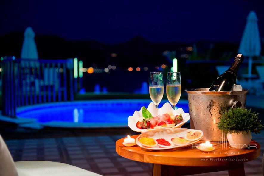 Pool Side Dining for Two at Avantgarde Yalikavak Hotel, Turkey