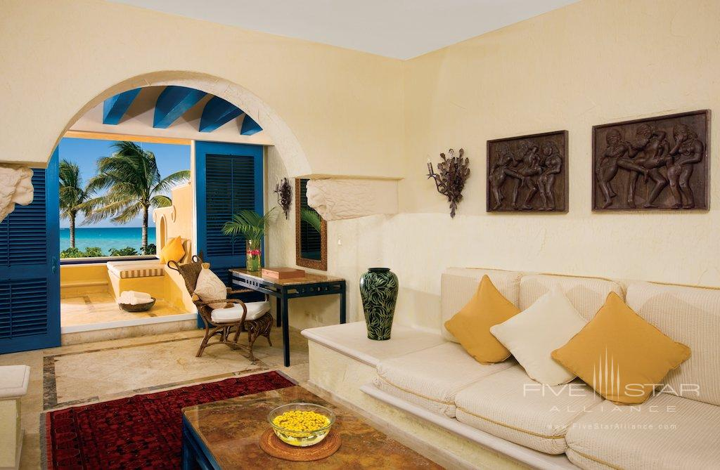 Master Suite Living Room at Zoetry Paraiso de la Bonita