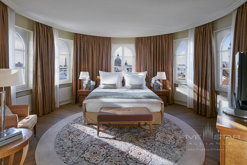 Corner Suite at Mandarin Oriental, Munich