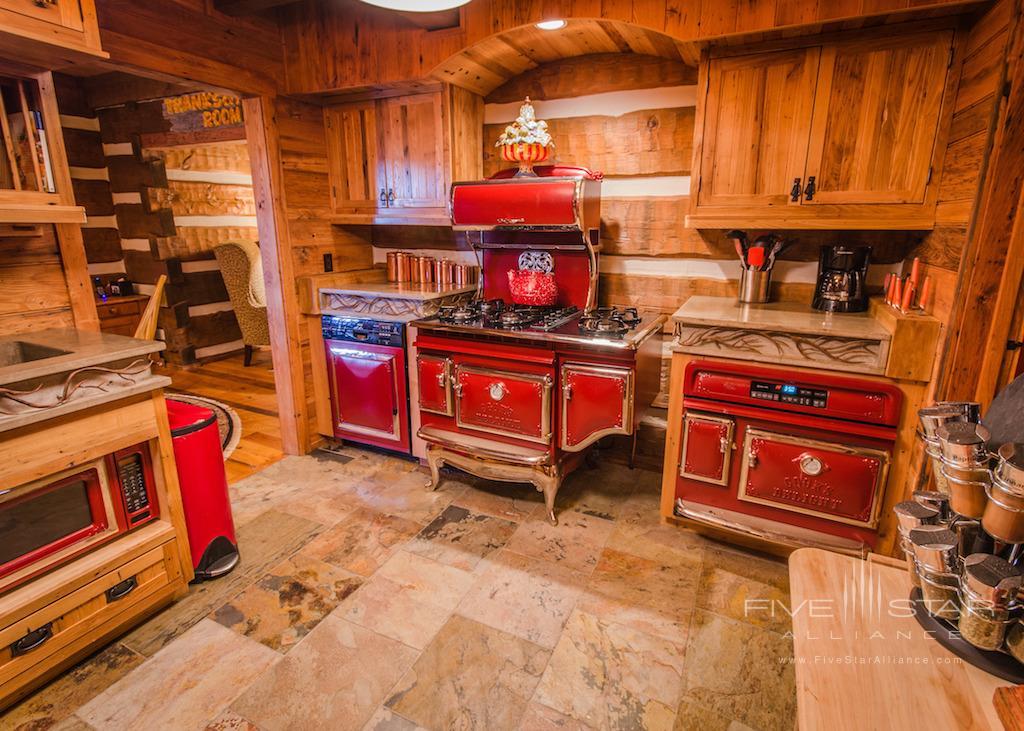 Cabin at Beaver Creek Luxury Home, Nemacolin Woodlands Resort