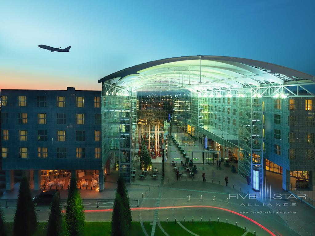 Hilton Munich Airport Exterior