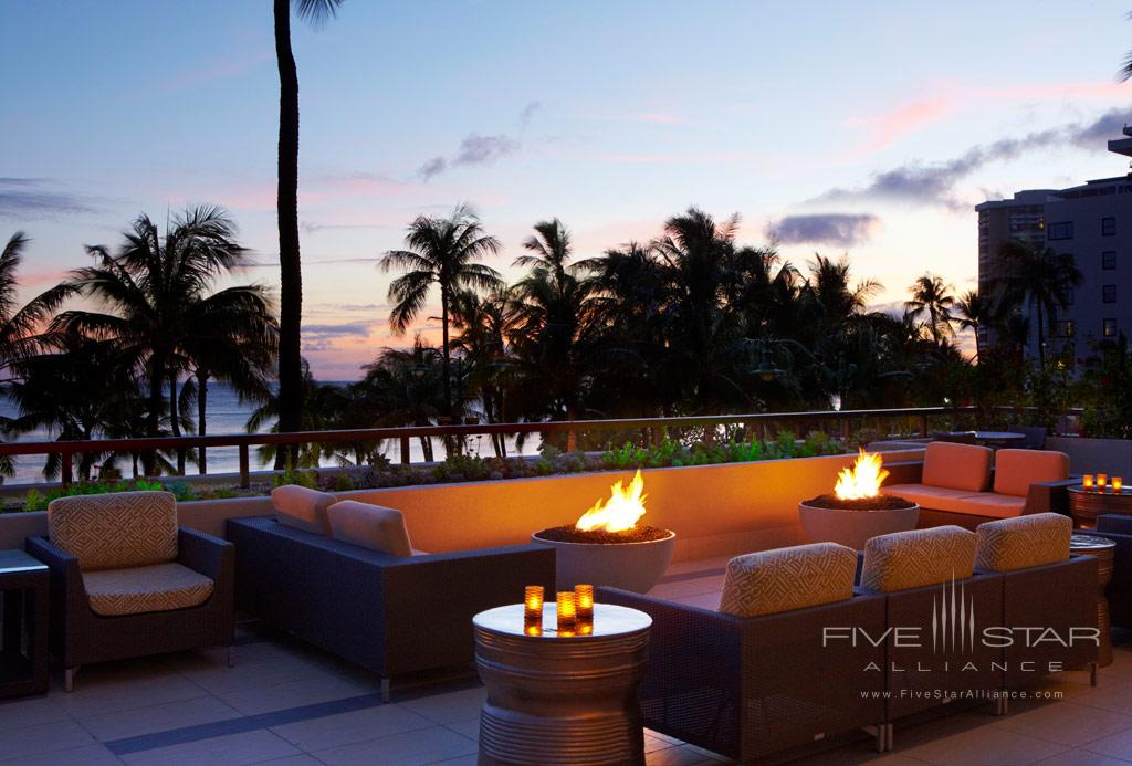 Terrace Lounge at Hyatt Regency Waikiki Beach, Honolulu, HI