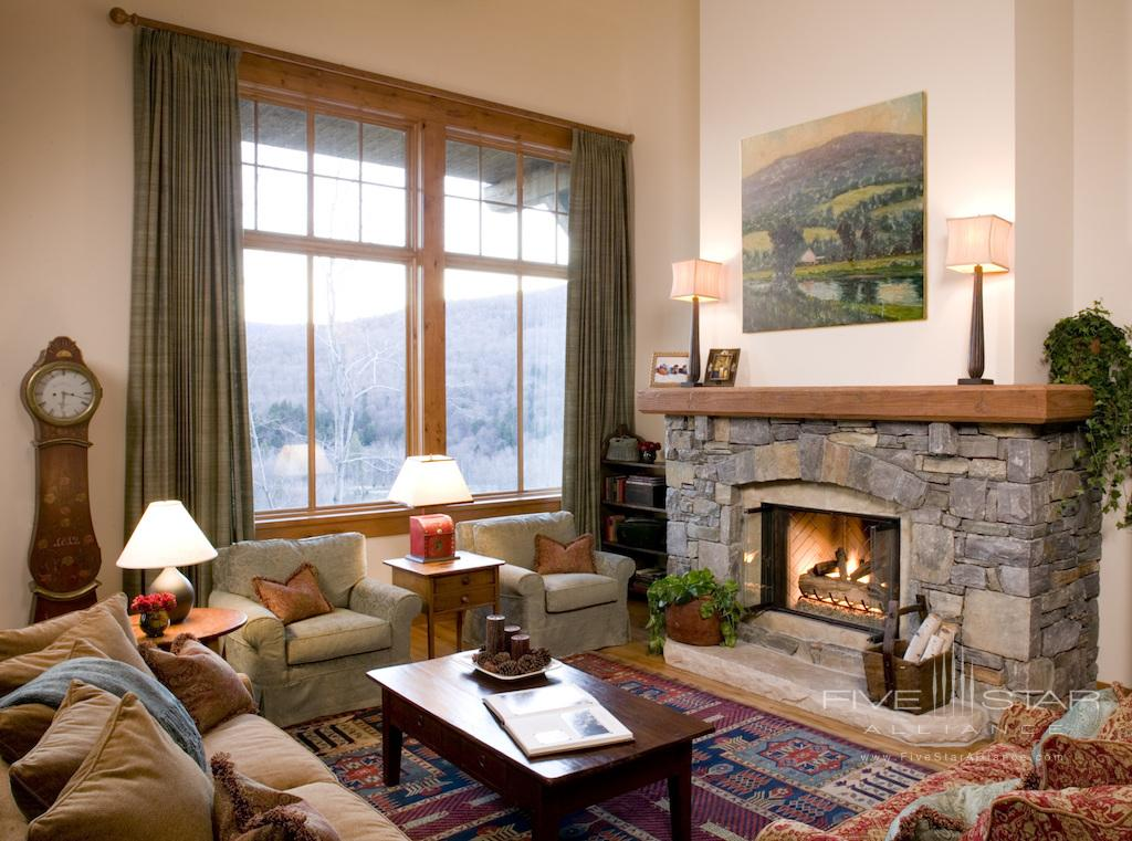 Mountain Cabin Living Room at Stowe Mountain Lodge