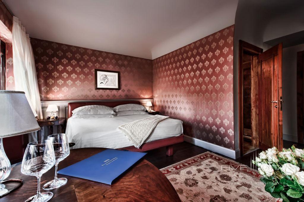 De Luxe Guest Room at Palazzo Victoria, Verona, Italy