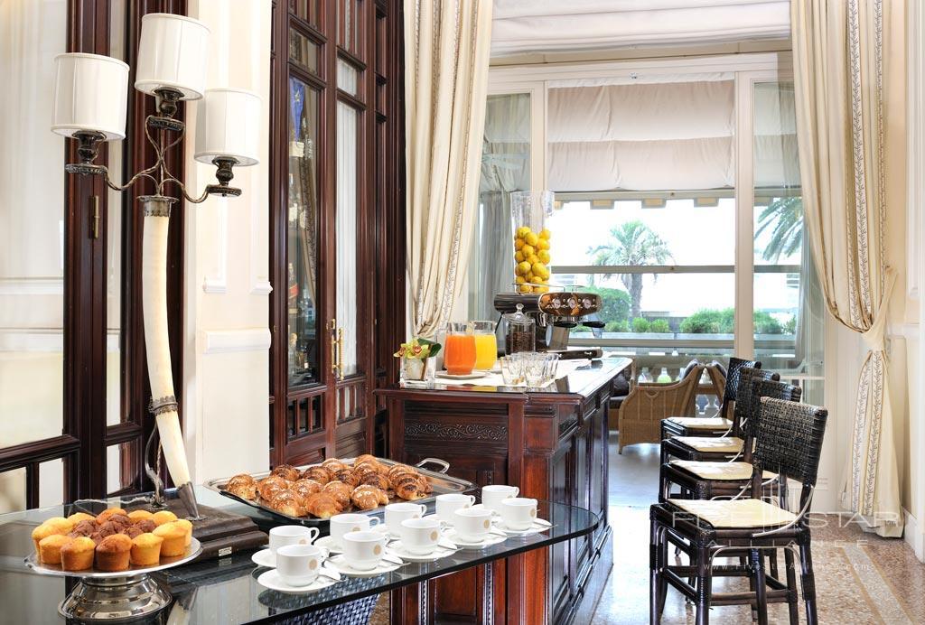 Relax and Enjoy a Coffee Break at Grand Hotel Principe di Piemonte, Viareggio LU, Italy