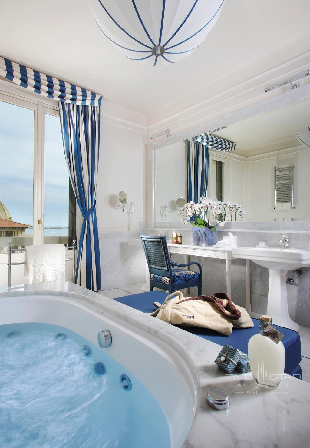 Sea View and Jacuzzi Junior Suite at Grand Hotel Principe di Piemonte, Viareggio LU, Italy