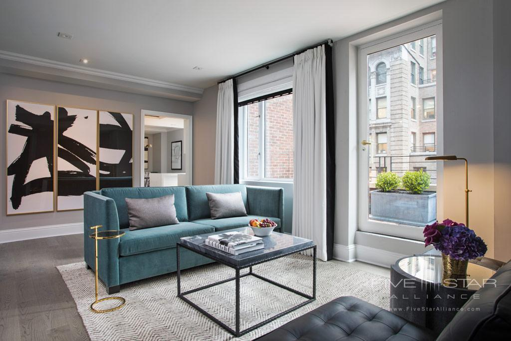 Apartment Suite Living Room at Omni Berkshire Place New York, United States