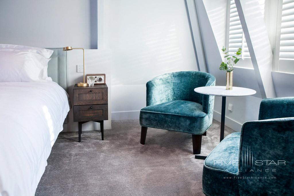 Grand Deluxe Guest Room at Pillows Anna van den Vondel, Netherlands