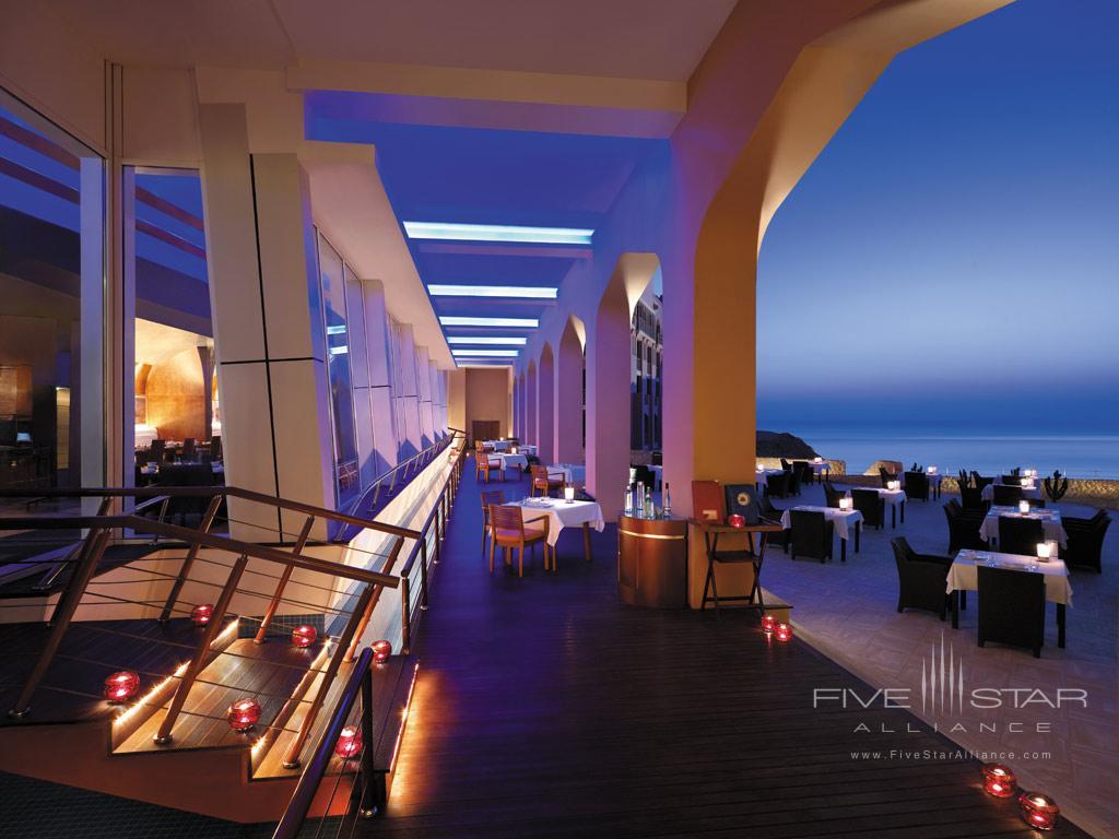 Dine at Shangri-La Barr Al Jissah Resort and Spa, Muscat, Oman