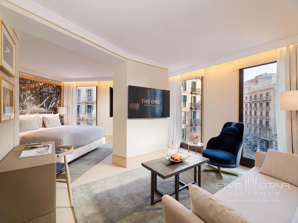 Junior Corner Suite at The One Barcelona
