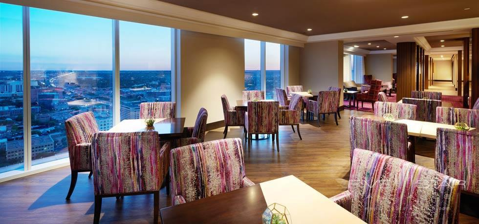 Dine at Fairmont Austin, TX