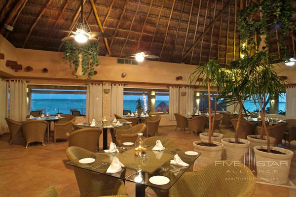 Dine at Omni Puerto Aventuras Beach Resort, Puerto Aventuras, QR, Mexico