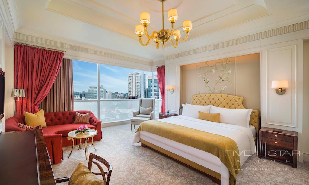Grand Deluxe King Room at The St. Regis Singapore