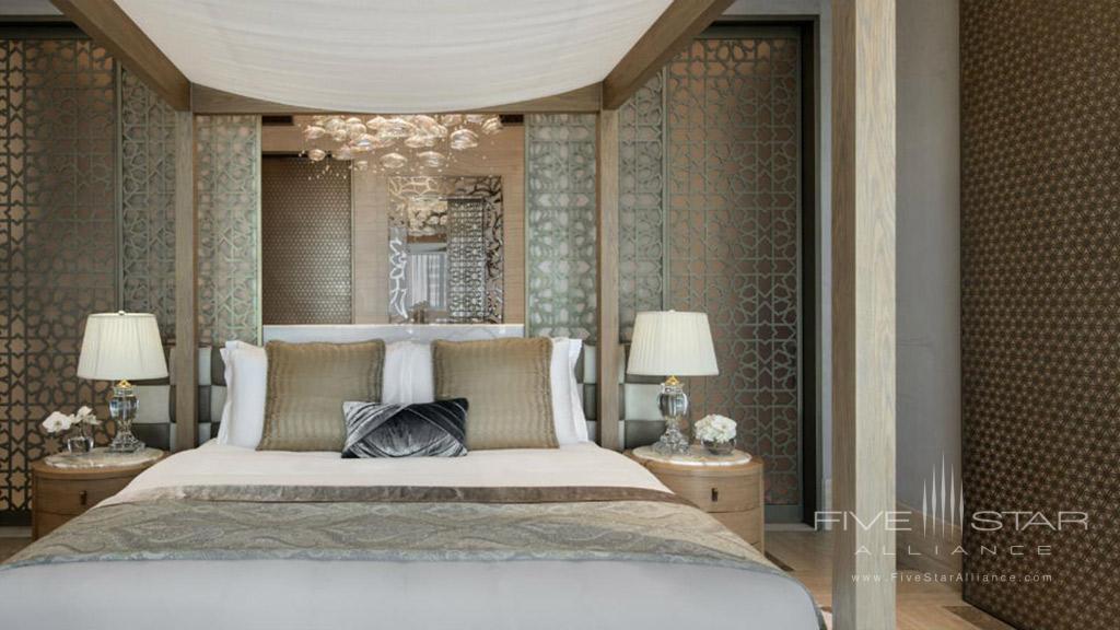 Royal Suite Bedroom at Jumeirah Al Naseem