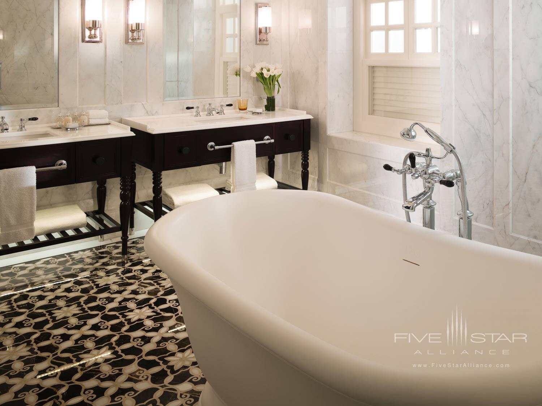 Guest Bath at Raffles Hotel Singapore, SINGAPORE, SINGAPORE