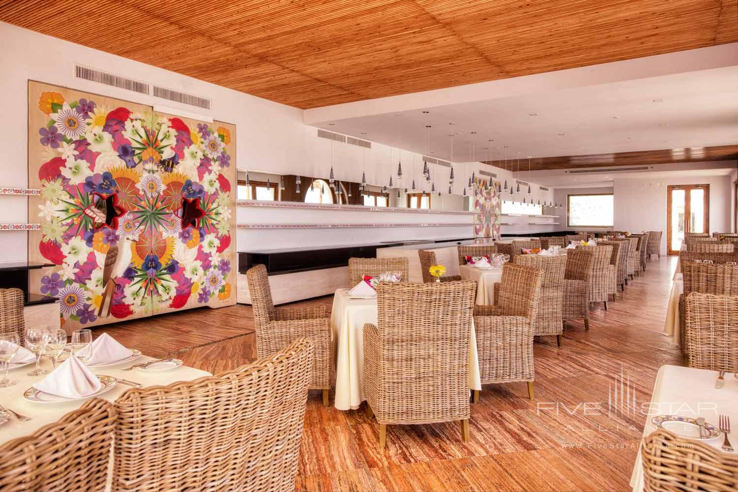 Guest Lounge at Marquis Los Cabos All-Inclusive Resort and Spa