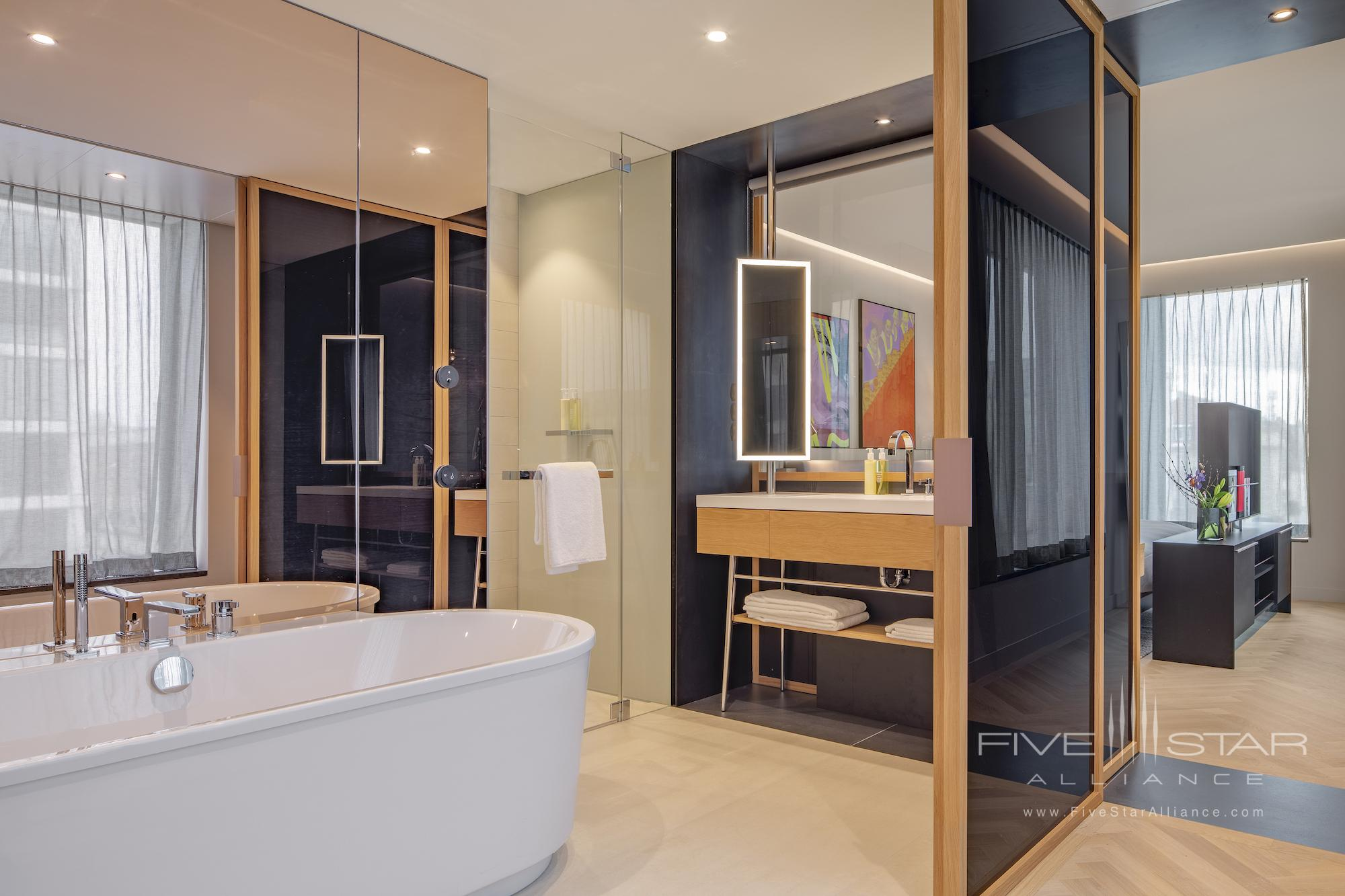 Suite bath at Andaz Munich Schwabinger Tor
