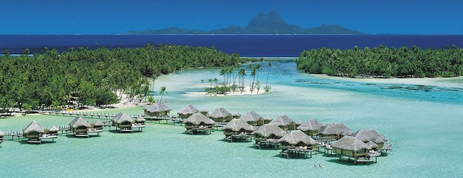 The world 39 s best resorts with overwater bungalows five for Luxury hotels all over the world