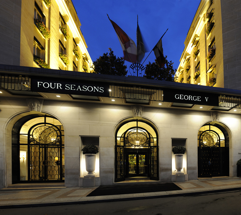 Four Seasons Hotel George V Paris Facade