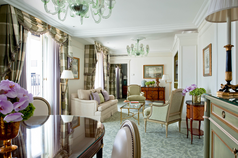 Four Seasons Hotel George V Paris Duplex Suite Living Room
