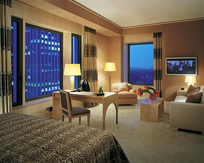 Suite with Uptown View
