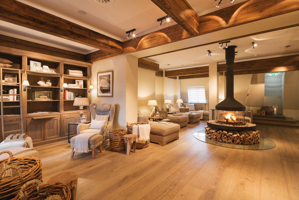 fairmont hotel vier jahreszeiten hamburg five star alliance. Black Bedroom Furniture Sets. Home Design Ideas
