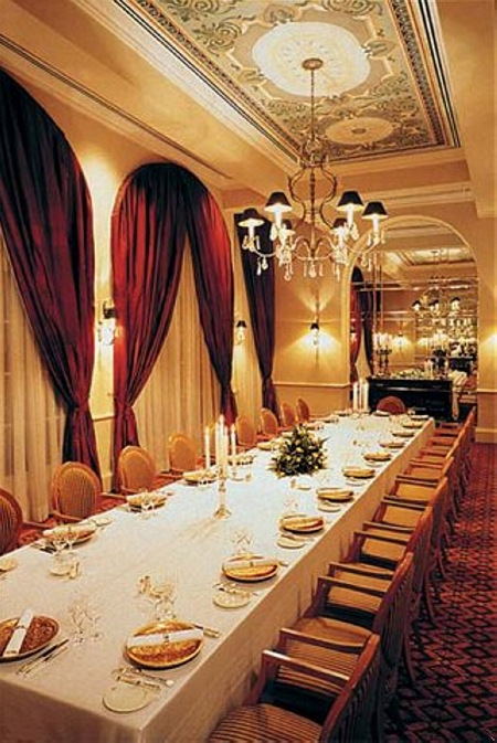 Restaurnat Le Royal at Raffles Hotel Le Royal