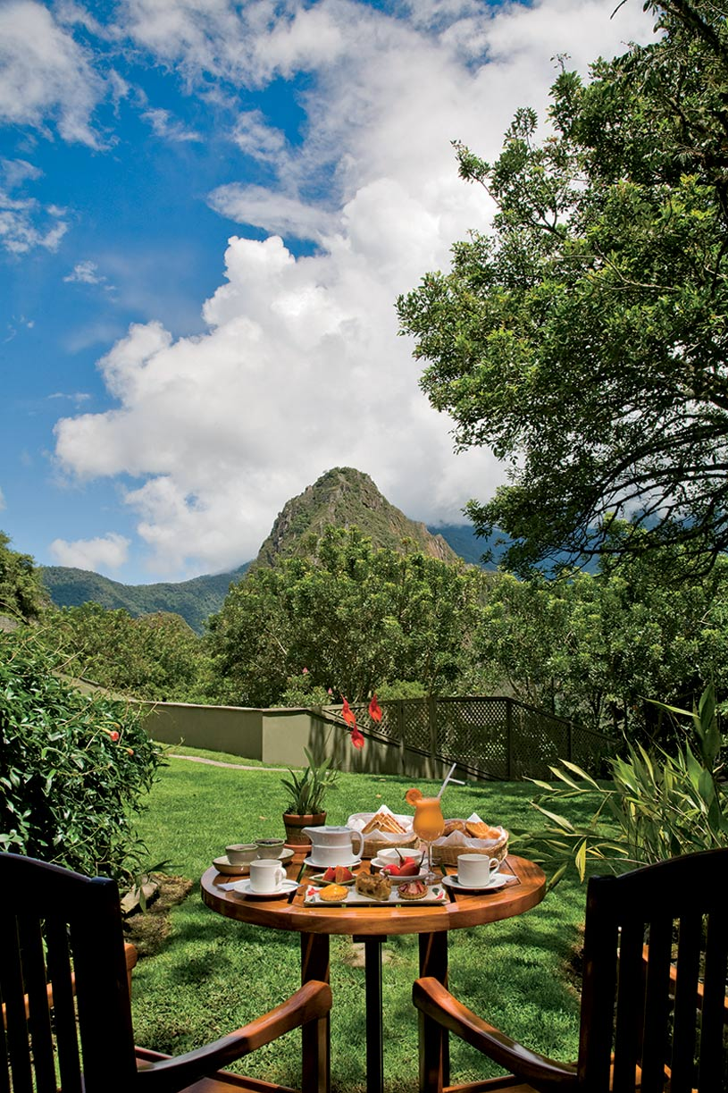 Machu Picchu Sanctuary Lodge Mpuntain View