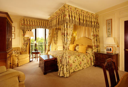 an english town and country getaway at the dorchester and coworth park five star alliance. Black Bedroom Furniture Sets. Home Design Ideas